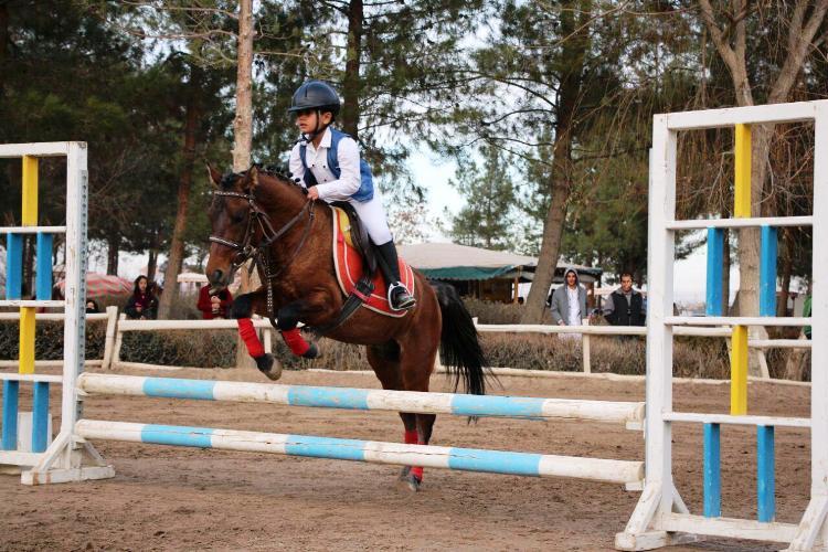 نتایج پانزدهمین مسابقه پرش با اسب هیأت سوارکاری استان اصفهان در سال 95